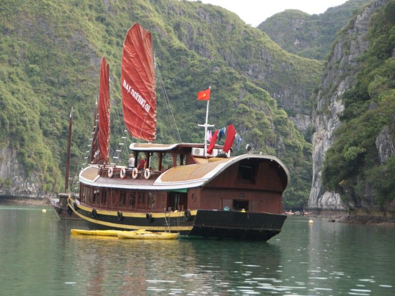 Croisière à la baie de Lan Ha