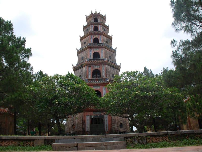 la tour de Phuoc Duyen Hue