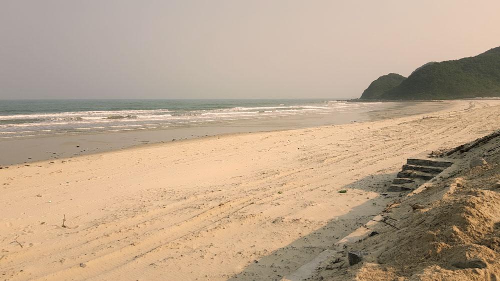 Plage privée sur l'ile de Quan Lan