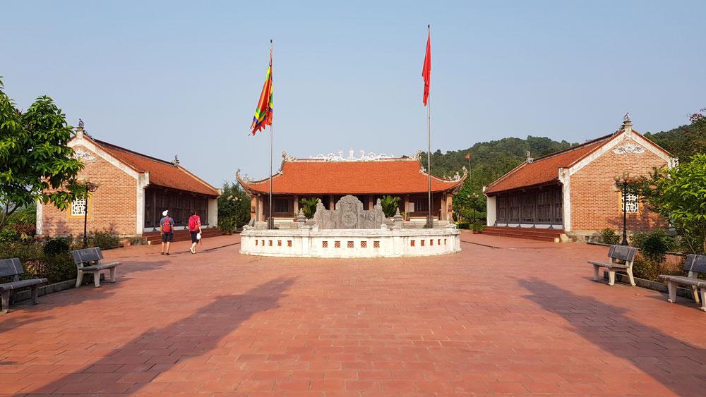 Temple du roi Tran a Quan Lan