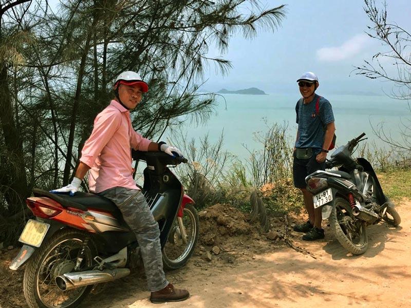 visiter Quan Lan en moto